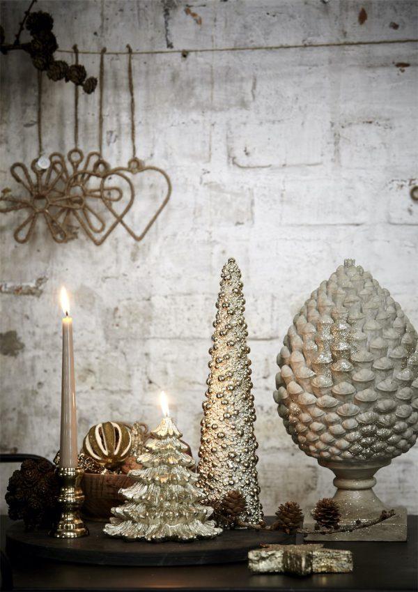 Serafina pine cone ⌀16x30